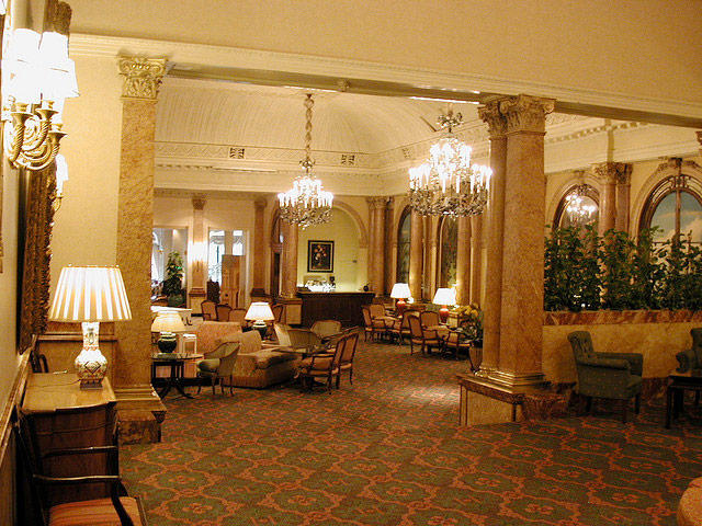 The-Savoy-London-interior