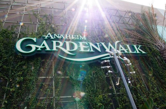 Anaheim-Garden-Walk