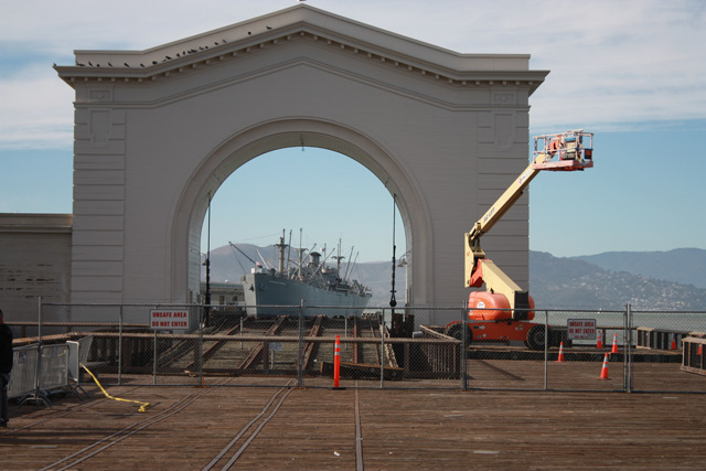 alcatraz-island-of-the-pelicans-01