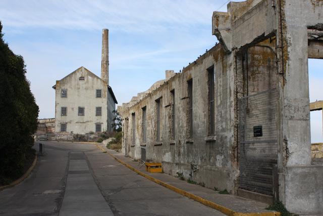 alcatraz-streets