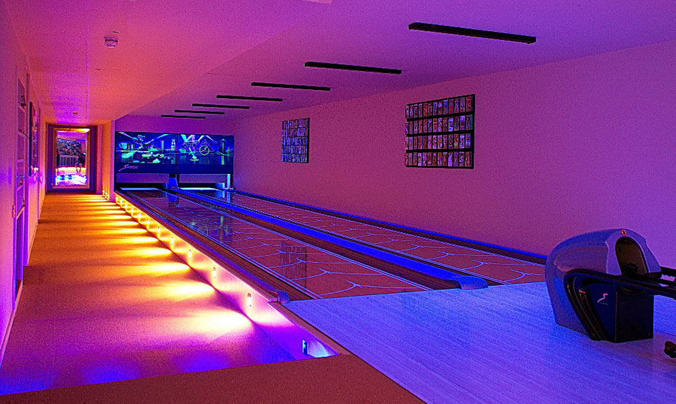 country-house-sussex-bowling-alley