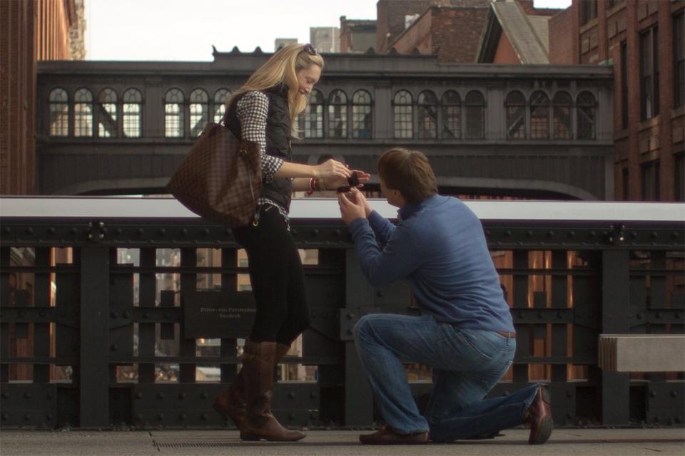 wedding-proposal-abroad