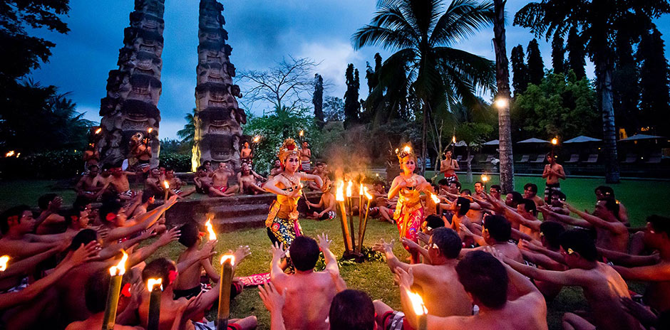 Chedi-Club-Ubud-Bali_Amphitheatre_Kecak-Dance