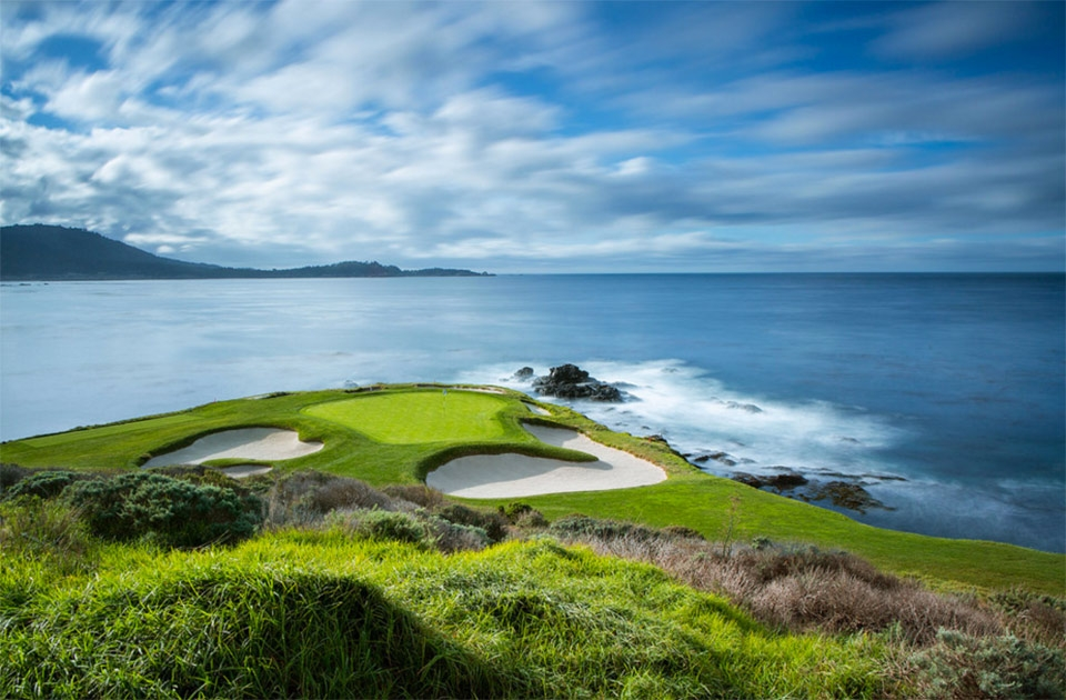 Pebble-Beach-Golf-Links-peak
