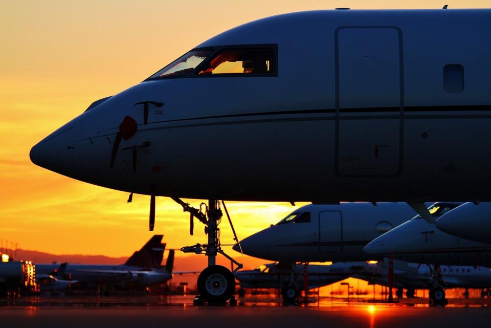 travel-in-luxury-jet