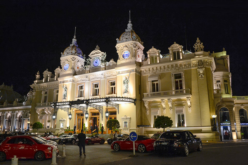 monte carlo casino net worth