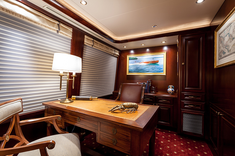 my-constellation-yacht-for-sale-desk