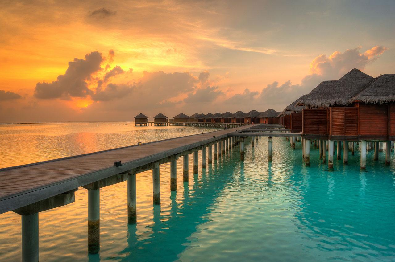 maldives-ocean-beach-sunset
