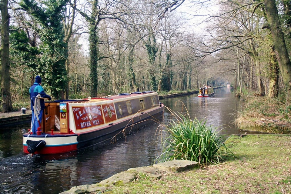 canal-boat