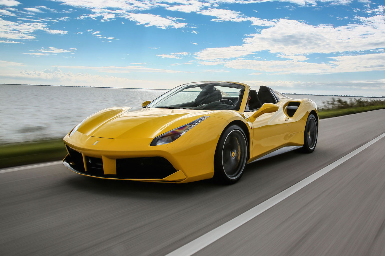 ferrari-488-spider-yellow009