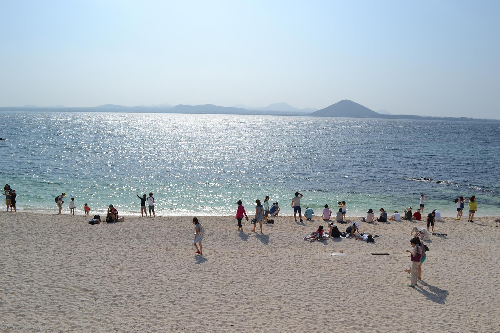 korea-beach-busy