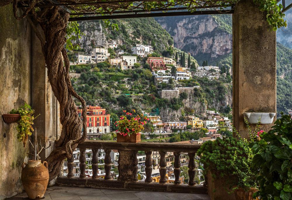 Positano-Amalfi-yachting-sm