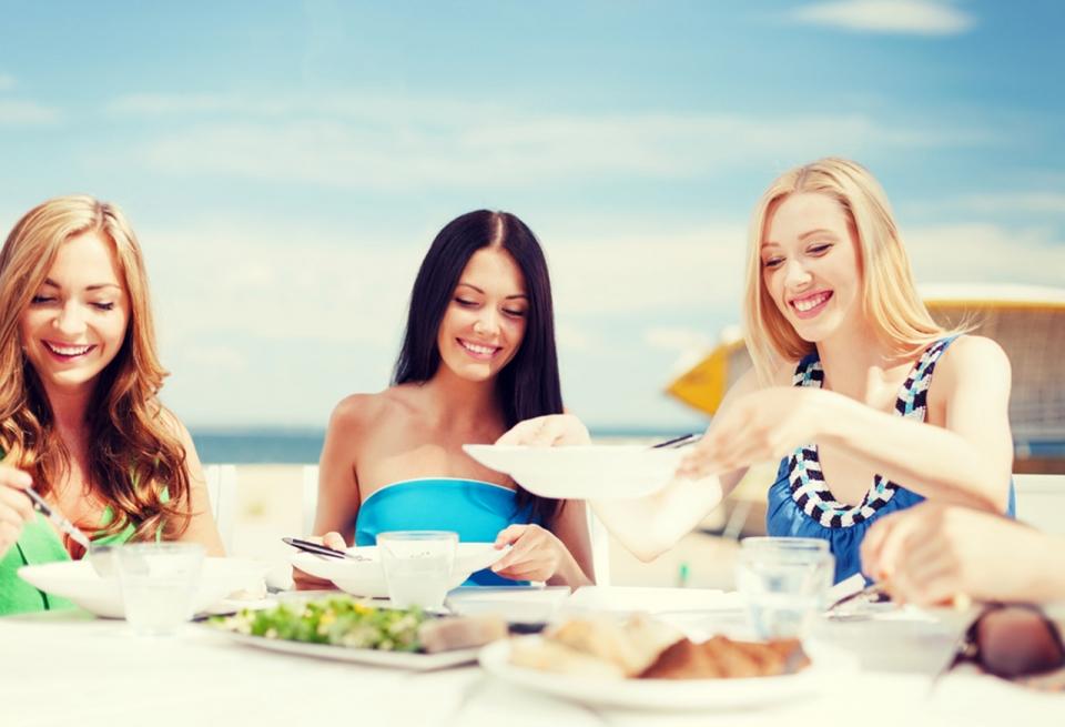 antigua-destination-guide-2-carlisle-bay-restaurants-sm