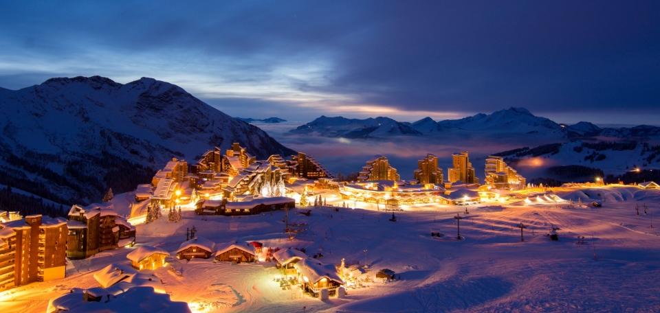 Avoriaz-night-skiing-main