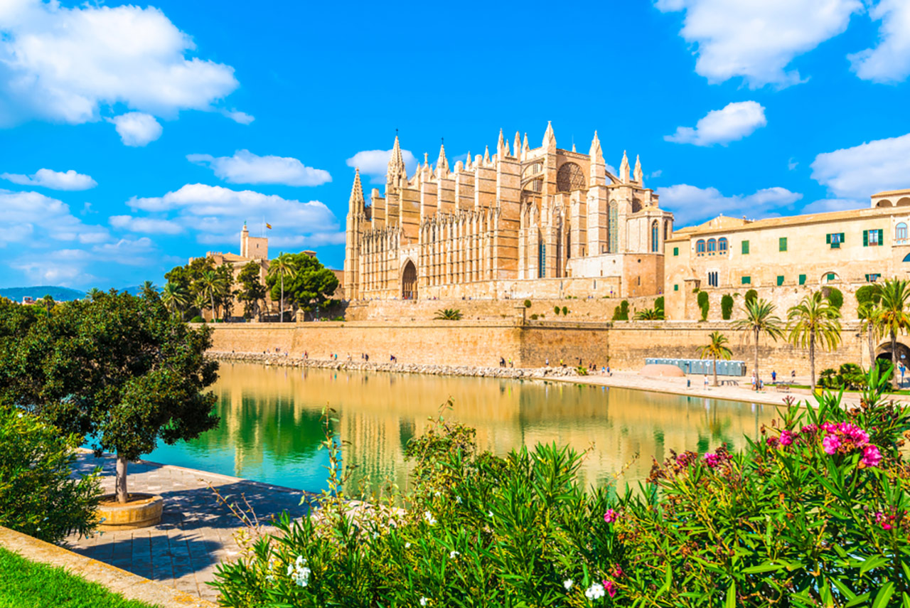 Mallorca-Yacht-Charter-Palma