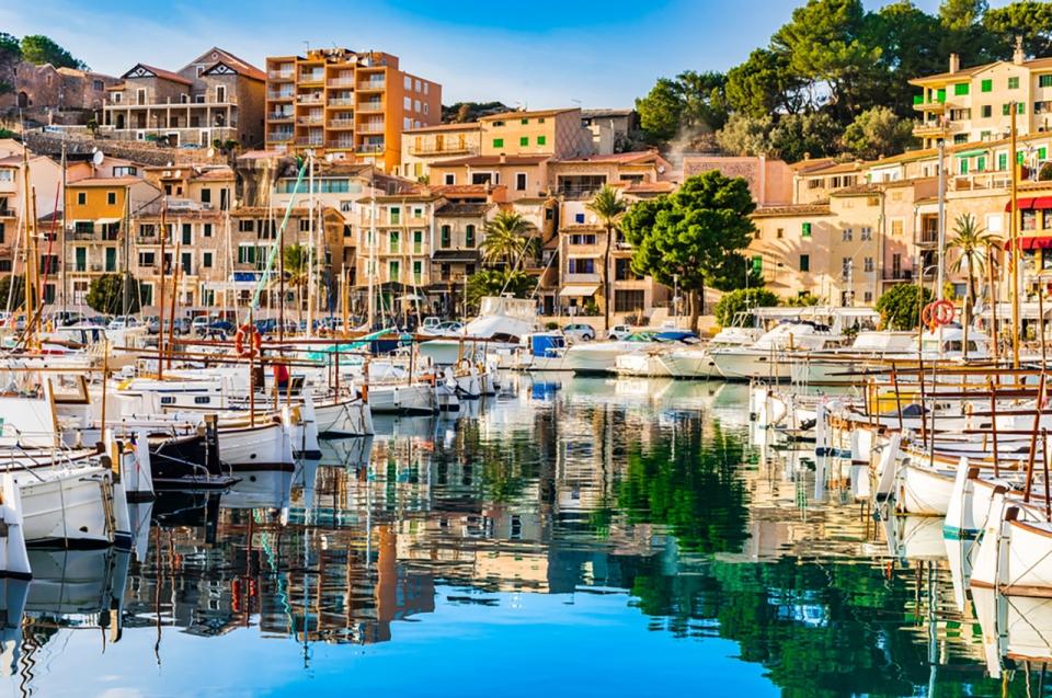 Mallorca-Yacht-Charter-Port-De-Soller